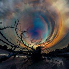 Aurora Vortex Not sure this is an actual phenomena or photoshopped. Scenic Photography, Landscape Photography, Nature Photography, Stunning Photography, Life Is Beautiful, Beautiful Images, Pretty Pictures, Cool Photos, Amazing Photos