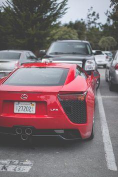 Thephotoglife: Lexus LFA.