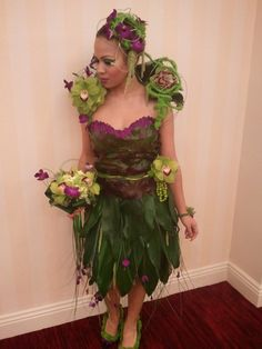 Dress, head piece, earings, ring, bracelet, shoes...all made with floral product.