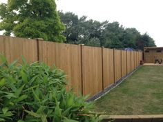 Jacksons Fence Panels and Slotted Fence Posts | Customer Project #garden #fence #fencing #posts