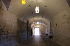 Lighting the dungeon path