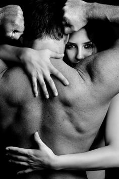 I have a secret love for photos like this... I will have this picture with my husband ;-)