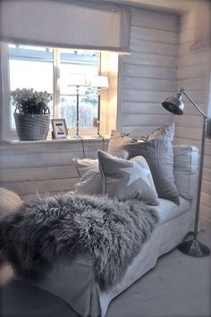 Home bedroom/ kids room/ office/ attic modern country decor - Modern Decoration Decor, House Styles, House Design, House Interior, Home Deco, Home, Room, Home Decor Pictures, Home And Living