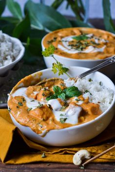 Christina macht was: Haloumi Makhani (Butterchicken ohne Chicken) Veggie Bowl Recipe, Veggie Recipes, Indian Food Recipes, Vegetarian Recipes, Cooking Recipes, Healthy Recipes, Exotic Food, Soul Food, Asian