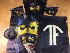 Entetainment - Teufel sei Dank Box Inhalt Reusable Tote Bags, Volunteers, Cinch Bag, Boxing
