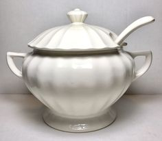 Vintage White Porcelain Soup Tureen With Ladle And Lid 6 Cup Capacity  | eBay
