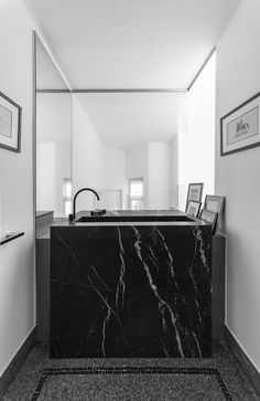 Bathroom - HZ Residence in Brussels Belgium by Bruno Vanbesien