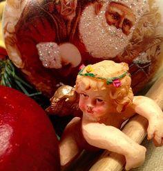 Merry Christmas - God Jul #interior#inspiration#interiordesign#paintedfurnitures#skattkammaren#skattkammarbutiken#mmsmilkpaint#countrychic#drömhem#interior4all#passion#shabby_chichomes#vitahem#finahem#vakrehjem#brocante#homedecor#nordiskhjem#myhome#shabbychicdecor#nydelige#nordicinspiration#myhouse#dreaminterior#scandinavian_room#interiorforyou