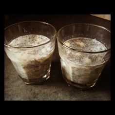 Almond and pear chia seed pudding recipe. Super quick, easy and tasty http://happysugarhabits.com/super-easy-and-quick-chia-seed-pudding/#