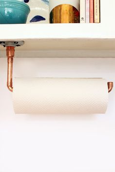 copper home accessories home accessories homeaccessories DIY Suspended Copper Pipe Paper Towel Holder Copper Kitchen Accessories, Diy Home Accessories, Küchen In U Form, Diy Kitchen Shelves, Kitchen Towels, Kitchen Decor, Kitchen Design, Kitchen Roll Holder, Copper Tubing