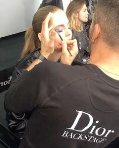 いいね!6,560件、コメント26件 ― Dior Makeupさん(@diormakeup)のInstagramアカウント: 「In the heart of #diormakeup yesterday night in Paris for the #diorbackstage party! The new 5…」