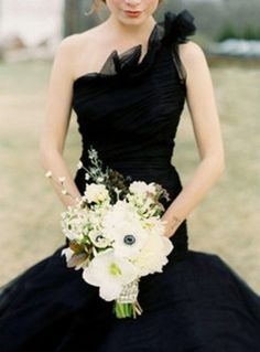 I always said I wanted to wear a black wedding dress . Guess I'm not the only one.