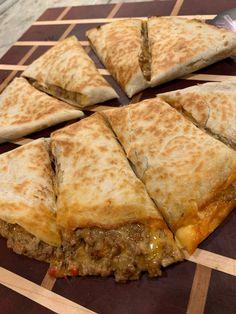 Beef and Cheese Quesadilla recipe - Al Dente Diva Quesadilla Maker Recipes, Best Quesadilla Recipe, Mexican Food Recipes, Beef Recipes, Mexican Dinners, Cooking Recipes, Dinner Recipes, Beef Taco Seasoning