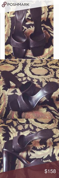 Gucci Heels 🎀 Designer: Gucci (100% Authentic). Made in Italy. Style: Signature GG logo, Square front and heel. Color: Black. Heel: 5 inches tall. Condition: Used / Good. Shoes were purchased in Italy. Euro Size: 9/39 but could fit a size 8 Wide. Gucci Shoes Heels