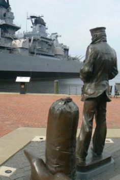 Norfolk, Virginia - The Lone Sailor | The United States Navy Memorial