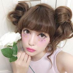 Japanese fashion makeup