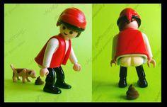 Customizaciones de playmobil  El Caganer es ya una imprescindible figura de El Belén (típica de Cataluña) extendida typical figure of Bethlehem (especially in Catalonia) typische Figur von Bethlehem (vor allem in Katalonien)