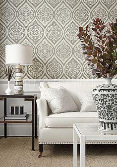 Tapeta-geometryczna-w-stylu-nowojorskim-angielskim-amerykanskim-Damask-Resource-BIALA-SZARA-SREBRNA-CZARNA-.jpg (420×600)