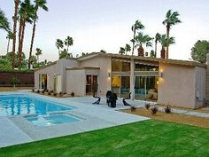 Palm Springs house - Sparkling Saltwater Pool and Spa