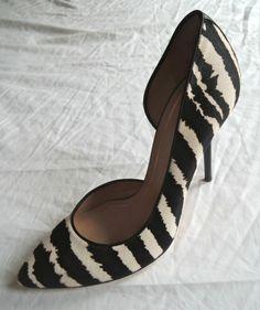 GUCCI NOAH ZEBRA PRINT PONY D'ORSAY PUMPS  on www.FullCircleFashion.com #Gucci #PumpsClassics