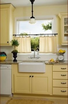 Best 108 Best Blue Yellow White My Favorite Kitchen Colors 640 x 480