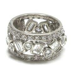 Beautiful Diamonds Ring - Sonia Bitton