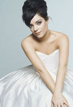 Lily Allen. I love this photo of her!