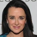 PARTY PHOTOS: Kyle Richards, Karina Smirnoff & Krysten Ritter's Pre-Globes Pit Stop At Joico