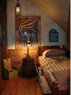 primitive homes decorated for christmas Primitive Homes, Primitive Bedroom, Primitive Furniture, Country Furniture, Attic Renovation, Attic Remodel, Prim Decor, Country Decor, Primitive Decor
