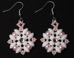 Handmade Beaded Angels Amore Earrings in door HoneyBeads1Official #handmade #earrings #jewelry #swarovski #rounduo #rounduos #montee #starburst #delight #piggybeads #piggy #beads #etsy #listing #mothersday