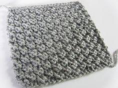 J'ai découvert un autre point facile au tricot et je l'adore! Pourquoi? De un, il ne roule pas, donc parfait pour des écharpes. De deux, le point est identique des deux côtés. De par sa texture, il m'inspire de beaux gros cols bien moelleux.