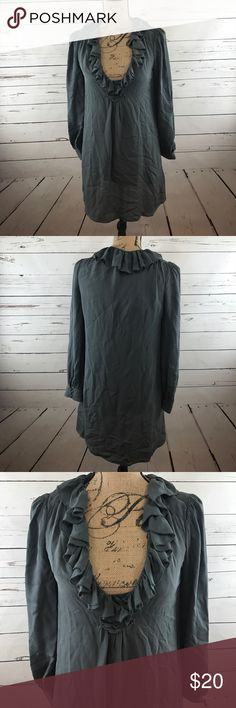 """Joie 100% Silk Long Sleeve Coupe Cut Tunic Size XS. In excellent preworn condition. Tank top is sewn on the inside. Armpit to armpit length is 17"""" and the top to bottom length is 34"""". 100% silk. Gray color. Sorry no trades. Joie Tops Tunics"""