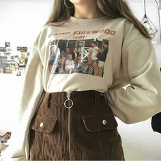 Outfit ideas aesthetic clothes sweater skirt brown fall Source by emmagrosskopf ideas aesthetic skirt Look Fashion, 90s Fashion, Korean Fashion, Fashion Outfits, Grunge Fashion, Fashion Clothes, Fashion Women, Fashion Ideas, Brown Fashion