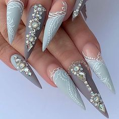 Ugly Duckling Nails Inc. Ongles Bling Bling, Bling Nails, Nail Swag, Glam Nails, Diy Nails, Nails Inc, Perfect Nails, Gorgeous Nails, Nagel Bling
