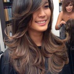I love this hairstyle! smokey pearl ombre on asian hair Simple Tips for Asian Women Who Want to Try Sporting Ombre Hair Looks Pretty Hairstyles, Easy Hairstyles, Hairstyle Ideas, Sombre Hair, Twisted Hair, Blond Ombre, Dark Ombre, Subtle Ombre, Asian Hair