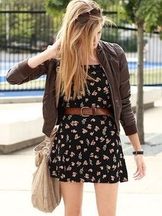 Casual flower buckle dress with brown leather jacket and mickle corse purse