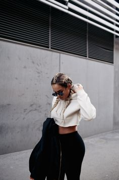 The Street Style : Photo Lit Outfits, Cool Outfits, Fashion Outfits, Fashion Trends, Urban Fashion, Love Fashion, Net Fashion, Streetwear, Look At You