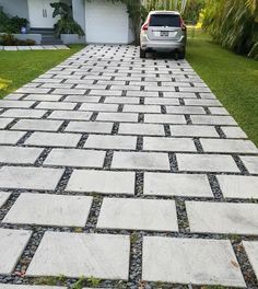 Look at our internet-site for a lot more relating to this marvelous driveway design Cement Driveway, Permeable Driveway, Cement Pavers, Modern Driveway, Diy Driveway, Stone Driveway, Driveway Design, Paver Walkway, Concrete Driveways