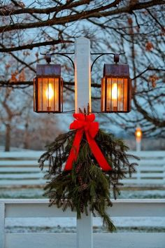 Classic #Christmas Warmth #Christmasdecor #Christmasdecorations
