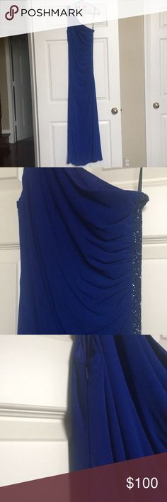 dark blue LAUNDRY by shelli segal PROM dress worn once and has been dry cleaned. one shoulder jersey gown. beaded panel on left side. zipper on right. make an offer! Laundry By Shelli Segal Dresses Prom