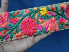 Decorative Trims Sari Border Trimming Fabric Trim By The Indian Embroidery, Floral Embroidery, Hand Embroidery, Embroidery Designs, Sewing Lace, Sewing Trim, Indian Fabric, Passementerie, Decorative Trim