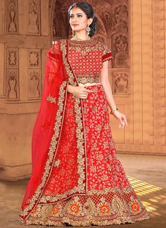 Online shopping of lehenga choli, latest lehenga choli designs, lehenga choli collection online. Grab this sensational red lehenga choli.