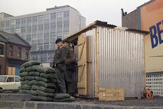 British troops in Belfast, Northern Ireland stand outside a new all weather shelter in October 1969. (AP Photo/Peter Kemp)  Date: 01/10/1969