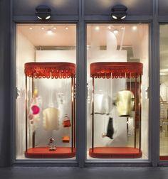 Banner Luxury Carousel Windows by Tommaso Cora & Lucilla Fazio, Milan – Italy » Retail Design Blog