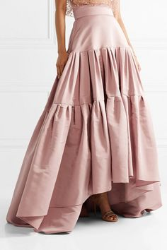 Reem Acra Tiered Silk and Silk Skirt Outfit Formal Mujer, Boho Dress, Dress Skirt, Silk Dress, Denim Skirt Outfits, Tiered Skirts, Ladies Dress Design, Nice Dresses, Maxi Dresses And Skirts