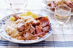 Mijn recepten - Allerhande - Albert Heijn Choucroute d 'Alsace. Zuurkool op Franse wijze. Heerlijk. Je wilt niets anders meer!!!!