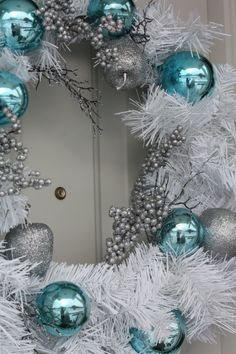 Teal and white Christmas wreath >What about green, teal & bronze?
