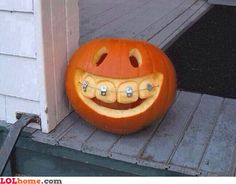 Pumpkin braces