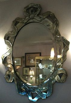A romantic ribbon mirror.have a large collection all over Hillwood Mirrors And Chandeliers, I Love Mirrors, Old Mirrors, Beautiful Mirrors, Venetian Mirrors, Old Antiques, French Antiques, Mirror Lamp, Wall Mirror