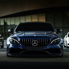 nouveautycoon is a up to date and a reliable source of information when it comes to operating a business in the century. Luxury Yachts, Luxury Cars, Luxury Mansions, Luxury Penthouse, Luxury Homes, C 63 Amg, Entrepreneur, Mercedez Benz, Porsche 911 Targa